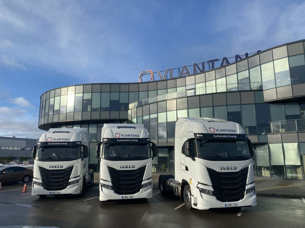 Vlantana has added new LNG - powered trucks to its fleet